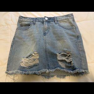 Cute Minimal Distressed Jean Skirt